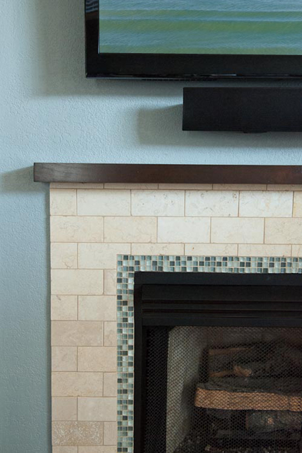 travertine-glass-fireplace-detail_sm