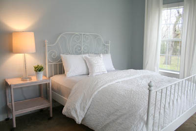 sm_simple white and gray guest bedroom 1