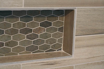 austin-geometric-mosaic-slate-wood-tile-tub-surround-bathroom3_web