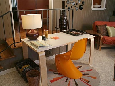 austin_vacation_rental_2_desk