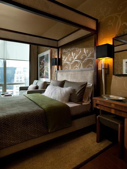 Urban-Oasis-2011-Bedroom_01-Wide-Shot-City-View_s3x4_lg