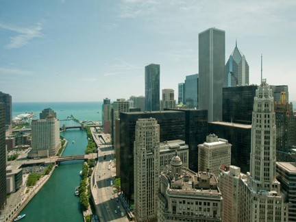 Urban-Oasis-2011-Living-Room_13-View-Day-Chicago-River_s4x3_lg