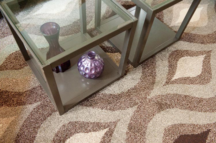 gray-coffee-table-mod-rug-detail-sm