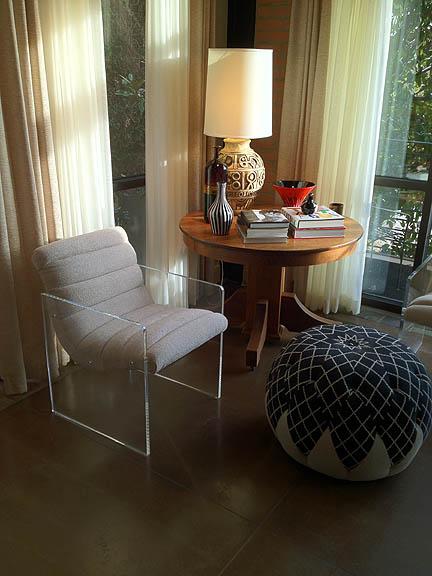 lucite_chair_pouf