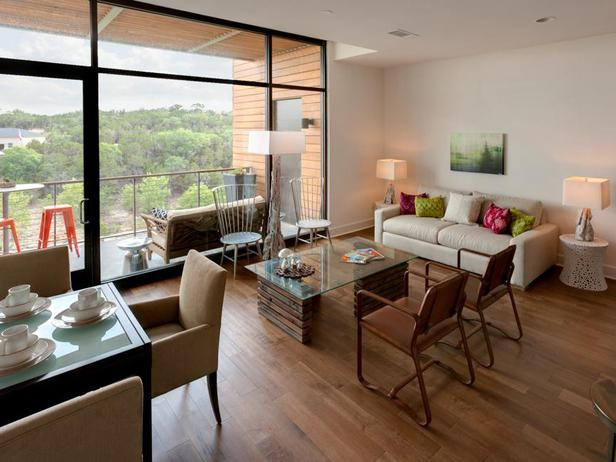 HSTAR7_Kris-Swift-20-Contemporary-Living-Room_s4x3_lg