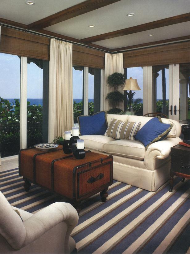 HSTAR7_Miera-Melba-Revised-Coastal-Blue-White-Living-Room_s3x4_lg