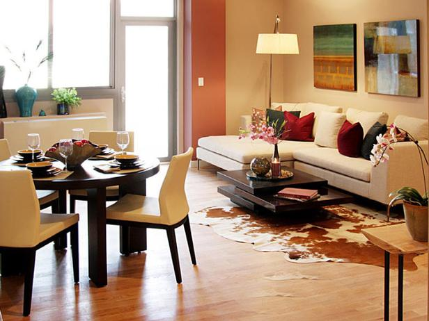 HSTAR7_Mikel-Welch-13-Transitional-Living-Room_s4x3_lg