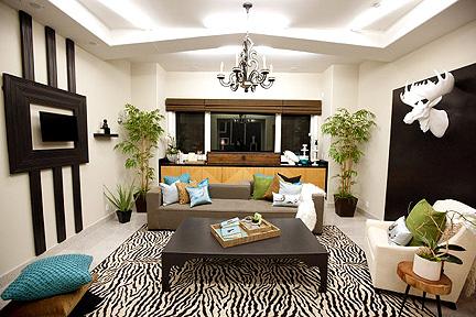 Hilari and Rachel Kate design this den.