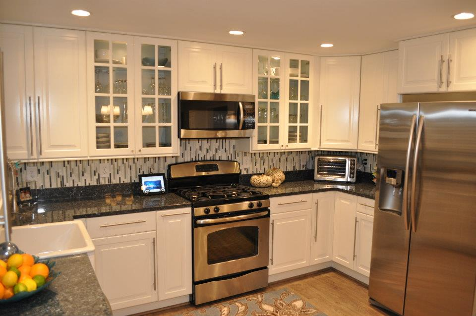 luca_paganico_vertical_tile_kitchen