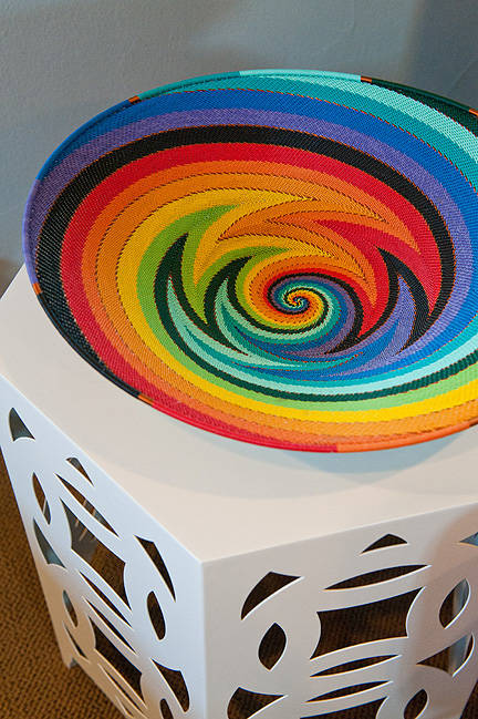 Room_Fu_colorful_modern_guest_BR_table_detail
