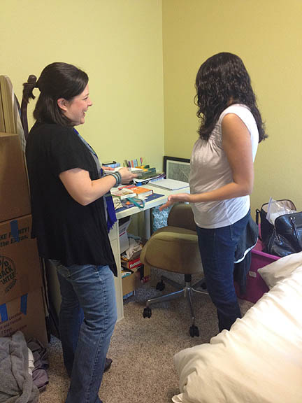 Room Fu Decorologist Claire Patrick chats with Neesha D., winner of our Guest Room Giveaway.