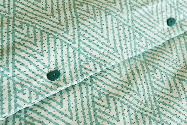 duvet-fabric-bolt-austin-detail turquoise white aqua
