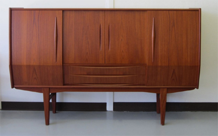 Mid Century Modern Sofa. Mid Century Teak Sideboard