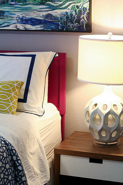 sm_navy blue hot pink yellow modern eclectic guest bedroom 3