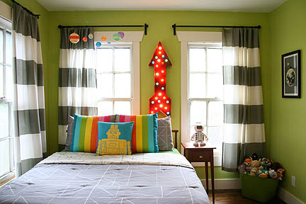 colorful-robot-bedroom-space-theme-03_web